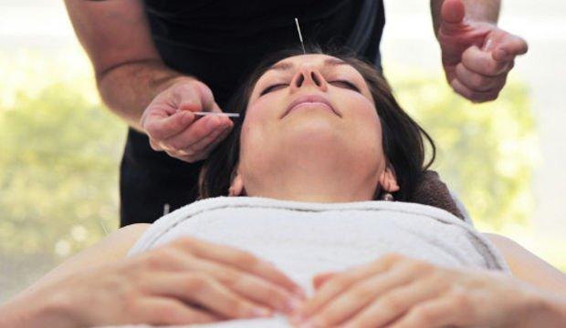 Akupunktur İle Bulantı Kusma Tedavisi